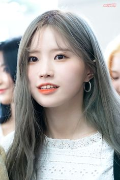 Kpop Girl Groups, Korean Girl Groups, Kpop Girls, 9 Songs, Photo P, Sulli, Best Face Products, Pop Group, South Korean Girls