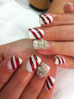 Christmas nails :) love it