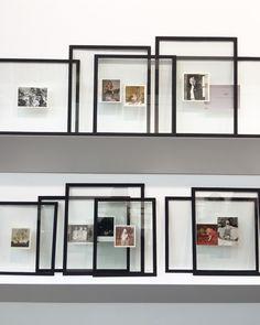 frameless, empty frame, black frame, picture frame, picture shelf, interior design