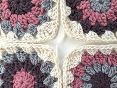 Free crochet pattern - how to make and join granny circles within a square (By…