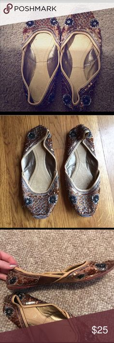 🌟FINAL PRICE🌟 vintage sequin flats 🌟gorgeous vintage sequin flats 🌟gently pre loved but great condition  🌟perfect statement shoes 🌟size 7 Vintage Shoes Flats & Loafers