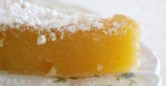 Ingredientes: 1 base massa folhada (uso de compra) 250g de açúcar 25g de farinha 125g de grão-de-bico cozido 20g de margarina derret...