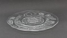 Iso tarjoilulautanen, Pioni, Oiva Toikka Finland, Dinnerware, Mid-century Modern, Glass Art, Perfume Bottles, Ceramics, Personalized Items, Crystals, Cups