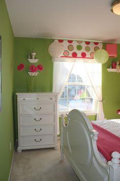 wall color? Laura Ashley Apple 4