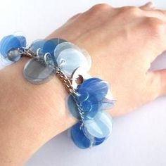 Blue Charm Bracelet Made Of Recycled Plastic Bottles And Blue Beads - Upcycled Jewelry, Eco Friendly, Eco Chic, Boho Old Jewelry, Beaded Jewelry, Jewelery, Bracelet Making, Jewelry Making, Blue Charm, Recycle Plastic Bottles, Blue Beads, Headbands