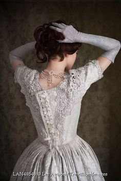 Картинка с тегом «dress, victorian dress, and victorian era»