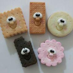 Cupcakes Decorados Ideas Polymer Clay 27 Ideas For 2019 Polymer Clay Figures, Cute Polymer Clay, Cute Clay, Fimo Clay, Polymer Clay Projects, Clay Magnets, Clay Jar, Clay Food, Sugar Craft