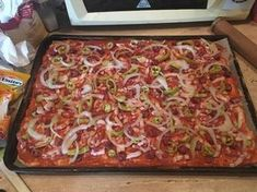 Hawaiian Pizza, Vegetable Pizza, Lasagna, Zucchini, Bacon, Vegetables, Ethnic Recipes, Food, Lasagne