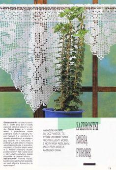 Kira scheme crochet: Scheme crochet no. Filet Crochet, Crochet Lace, Crochet Curtains, Lace Curtains, Grandma Crafts, Short Curtains, Craft Corner, Crochet Designs, Window Coverings