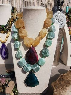 Jewelry designing tips: elements of design Agate Jewelry, Tribal Jewelry, Jewelry Art, Beaded Jewelry, Handmade Jewelry, Jewelry Necklaces, Beaded Necklace, Jewelry Design, Fashion Jewelry