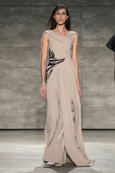David Tlale Fall 2014 Ready-to-Wear Runway - David Tlale Ready-to-Wear Collection All About Fashion, I Love Fashion, Fashion Photo, Beautiful Gowns, Beautiful Outfits, African Fashion Dresses, Fashion Outfits, Africa Fashion, Runway Fashion