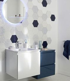 le carrelage hexagonal de salle de bain c 39 est tendance pinterest salle de bains avec. Black Bedroom Furniture Sets. Home Design Ideas
