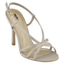 Love a strappy shoe