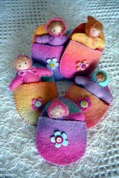 inspired art, felt and natureplay Waldorf Crafts, Waldorf Toys, Operation Christmas Child, Felt Baby, Homemade Toys, Tiny Dolls, Little Doll, Felt Dolls, Felt Ornaments