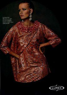 1969 Fashion, Sixties Fashion, Fashion Show, Parfum Givenchy, Veronica Hamel, Jean Shrimpton, Lauren Hutton, Professional Wardrobe, French Fashion Designers