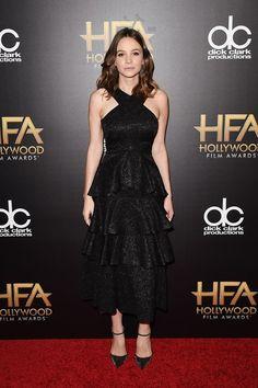 Carey Mulligan en robe Erdem lors de la cérémonie des Hollywood Film Awards à Los Angeles http://www.vogue.fr/mode/inspirations/diaporama/les-meilleurs-looks-de-la-semaine-novembre-2015/23508#carey-mulligan-en-robe-erdem-lors-de-la-crmonie-des-hollywood-film-awards-los-angeles