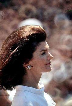 http://en.wikipedia.org/wiki/Jacqueline_Kennedy_Onassis ❤
