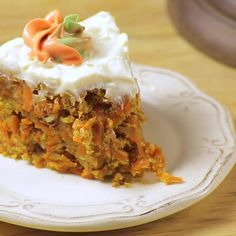The cake that you like most but in its version without oven. Prepare it with the pancake of the day before and give it all the flavor of a real Carrot cake, like this or richer? Mexican Food Recipes, Sweet Recipes, Healthy Recipes, Baked Carrots, Vegan Pie, No Bake Pies, Just Cakes, Desert Recipes, Carrot Cake