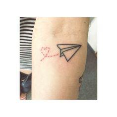 dude tattoo ein dude papierflieger ✈️ #tobiderdude #tattoo #berlin #dudetattoos #dudefamilie #thedudecastle #love #friedrichshain #tattrx #germantattooers #tattooistartmag