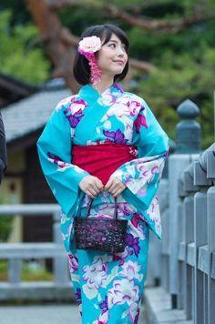 画像 Japanese Yukata, Japanese Costume, Japanese Outfits, Yukata Kimono, Kimono Japan, Geisha, Prity Girl, Beautiful Japanese Girl, Japanese Beauty