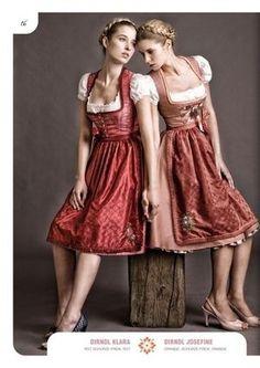 現代風アレンジで人気上昇中!ドイツの民族衣装ディアンドル - NAVER まとめ Dirndl Shop, Dirndl Dress, Julia Trentini, Red Apron, Forest Fashion, Lederhosen, Historical Clothing, Folk Costume, Costumes