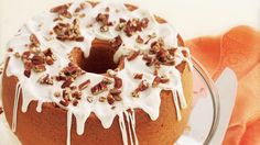 A shortcut because it begins with a mix, this pound cake is moist and full of seductive butter-rum flavor. Best Cake Recipes, Pound Cake Recipes, Cheesecake Recipes, Bread Recipes, Dessert Recipes, Bunt Cakes, Cupcake Cakes, Food Cakes, Pecan Cake