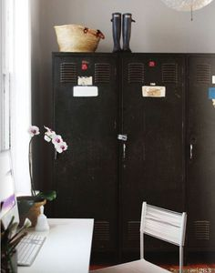 cool use of lockers, cool idea for the mud room