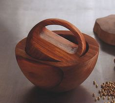 Itaim Bibi Modern Mortar and Pestle Herb Grinder - Made of Acacia Wood $89.99