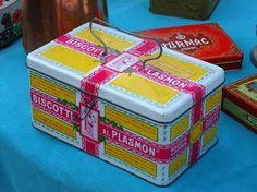 Plasmon Vintage Italy, Vintage Tins, Vintage Humor, Vintage Posters, Retro Vintage, 80 Toys, Pretty Box, My Childhood Memories, Tin Boxes