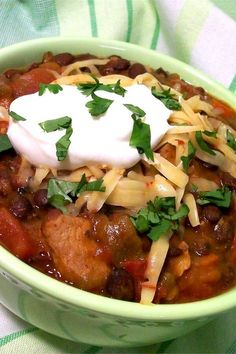 "Jerre's Black Bean and Pork Tenderloin Slow Cooker Chili | ""This was delicious! Healthy and very good. I added 1/2 bottle of beer minced garlic and a bay leaf. Delish!"" #slowcooker #slowcookerrecipes #crockpotrecipes #crockpotdinnerideas Slow Cooker Chili, Slow Cooker Chicken, Slow Cooker Recipes, Crockpot Recipes, Black Bean Stew, Black Beans, Slow Cooker Pork Tenderloin, Dump Meals, Chili Recipes"