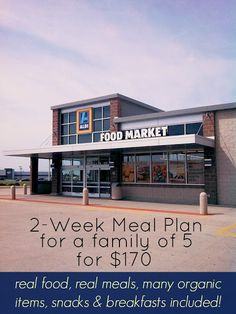 Ally's Sweet and Savory Eats: 2-Week Meal Plan for a Family of 5 for $170.  Love Aldi and I think some of these recipes would be great for the freezer. Family Meal Planning, Healthy Family Meal Plans, Weekly Meal Plan Family, Cheap Family Meals, Budget Meal Planning, Cheap Meals For 5, Meals For The Week, Frugal Family, Cheap Food