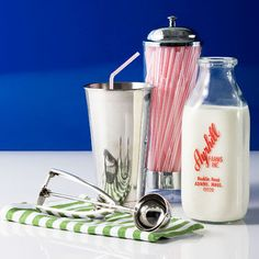 Love metal milk shake tumblers...got to get ones that come in metallic colors