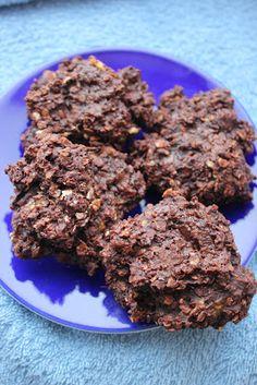 Suikervrije (of niet) Chocolade Banaan Koekjes No Bake Desserts, Healthy Desserts, Healthy Recipes, Sugar Free Chocolate, Chocolate Cookies, Low Carb Diet, Tapas, Good Food, Meals