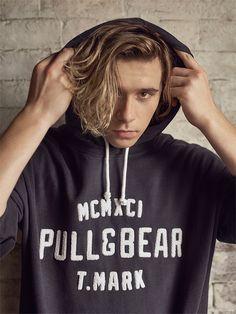 Brooklyn Beckham - #pullandbearhouse - Hombre - PULL&BEAR España