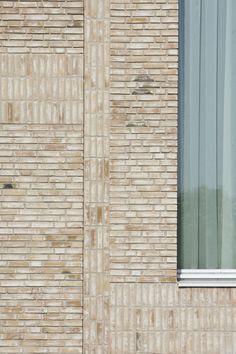 Scherpenzeel Multifuntional Complex / Koppert + Koenis Architects #materialisatie #baksteen