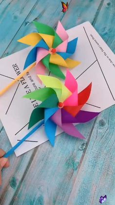 Creative DIY Crafts for Kids-Paper Toy Windmill-Easy DIY Tutorial Fun piece and simple to do at home for kids.<br> Diy Crafts Hacks, Diy Crafts For Gifts, Diy Arts And Crafts, Creative Crafts, Diy Projects, Project Ideas, Craft Ideas, Summer Crafts, Handmade Crafts