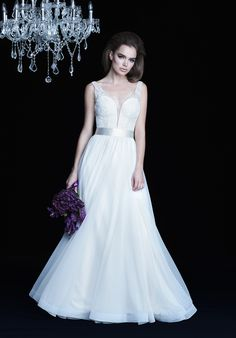 Beaded Chantilly Lace and Mesh Tulle Wedding Dress | Paloma Blanca 4755 | http://trib.al/wJbQygJ