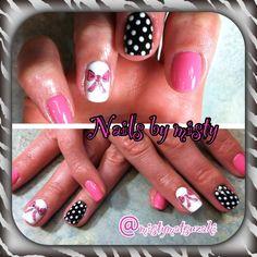 Shellac nail art.Bow nail with pink black and white nail art