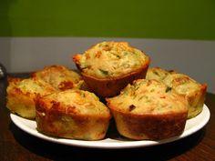 Excellent-eten.nl: Hartige muffins met kruidenkaas en bosui