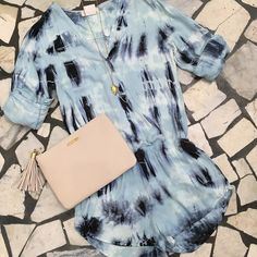 Super soft @belladahl tie dye romper [just in!] at Cella's French Quarter! $158 #whatwewanttolivein Paired with @giginewyork buttery leather clutch and @brantleycecilia gold arrowhead necklace! Call us to order or ship- (504) 529-5110 #springstyle #supersoft #tiedye #leather #arrowhead #love #cellasboutique #frenchquarter by shopcellasboutique