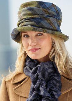 Ruched Tweed Hat