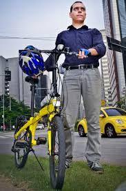 Willian Cruz, ciclista urbano, editor do blog VadeBike.org - retrato oficial para divulgação à imprensa