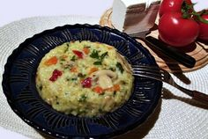 Retete Culinare - Orez cu legume si ciuperci Quiche, Vegetables, Breakfast, Recipes, Food, Morning Coffee, Meal, Food Recipes, Essen