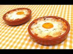 """Aprende a cocinar los famosos """"huevos Napoleón"""" y date un pequeño capricho Easy Healthy Recipes, Easy Dinner Recipes, Appetizer Recipes, Breakfast Recipes, Easy Meals, Egg Recipes, Kitchen Recipes, Cooking Recipes, Gastronomia"""