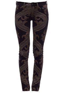 Amazing skinnies {would totally wear these if I was thinner!}
