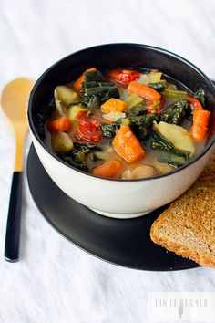 A super #healthy, low cal, ‪#‎glutenfree‬, ‪#‎dairyfree‬ soup that has wonderful flavor and will soothe the soul on a cold winter day. Via Linda Wagner