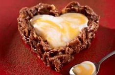 Looking for Easter recipes, chocolate recipes and dessert recipes? Cook with Cadbury's creme eggs for Easter and make these chocolate heart puddings. Cadbury Creme Egg Recipes, Chocolate Recipes, Cadbury Chocolate, Baking Recipes, Dessert Recipes, Desserts, Uk Recipes, Egg Biscuits, Egg Cake