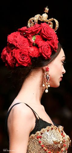 Dolce & Gabbana Spring 2015 Ready-to-Wear Fashion Show Details