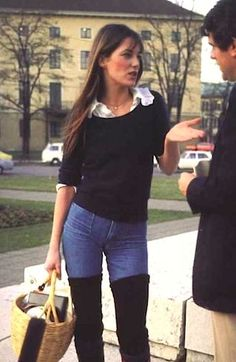 This is such a sexy casual retro look legwarmers over jeans! 70s style Jane Birkin