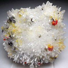 Ludlamite Crystals / Mineral Friends <3